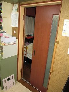 片引き戸1